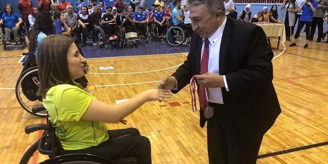 Bedensel Engelliler Masa Tenisi Türkiye Şampiyonası'nda Madalyalar Sahiplerini Buldu.